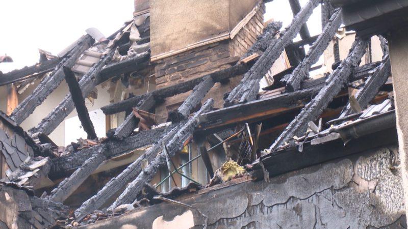 Gutachten nach Brandkatastrophe (Foto: SAT.1 NRW)