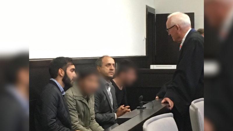 Zwei Afghanen stehen seit heute vor Gericht (Foto: SAT.1 NRW)