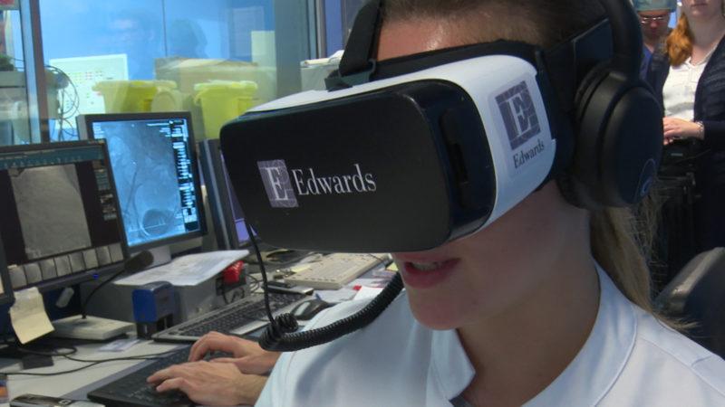 OP-Brille ermöglicht reale Einblicke (Foto: SAT.1 NRW)