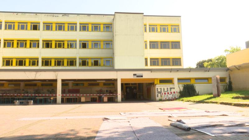 Schule unter Wasser (Foto: SAT.1 NRW)