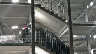 Abstieg auf Schalke mal anders (Foto: Feuerwehr Gelsenkirchen)