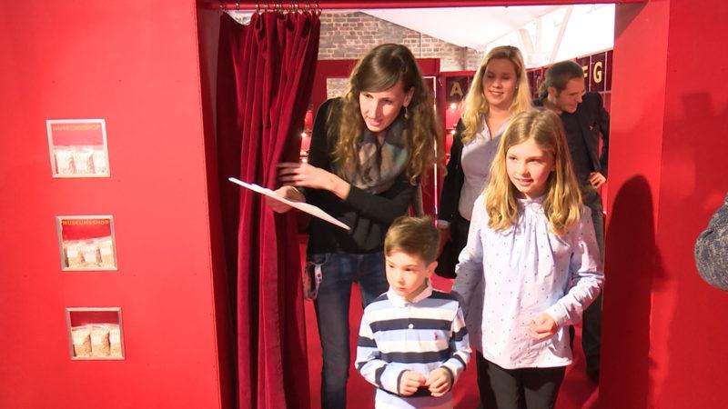 Taschengeld-Ausstellung für Kinder (Foto: SAT.1 NRW)
