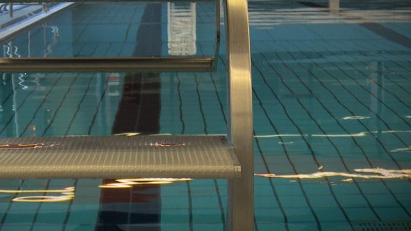 Sexuelle Belästigung in Schwimmbädern (Foto: SAT.1 NRW)