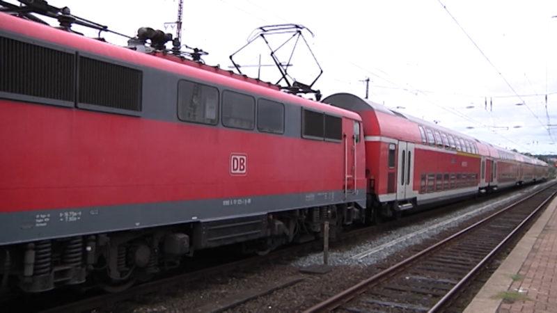 Anwohnerin klagt gegen Bahnlärm (Foto: SAT.1 NRW)