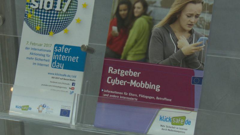Safer Internet Day gegen Mobbing (Foto: SAT.1 NRW)