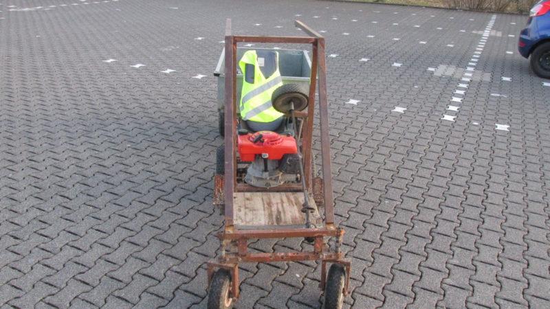 Jugendliche bauen eigenen Rennwagen (Foto: SAT.1 NRW)