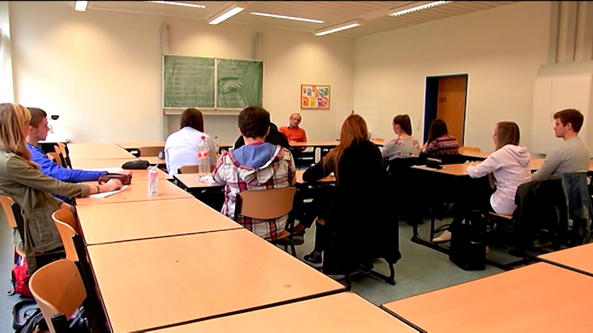 Volksbegehren G9 - hier alle Infos zum Mitmachen (Foto: SAT.1 NRW)