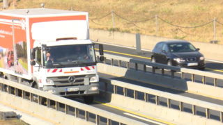 Getrennte Bahnen für LKW und Autos (Foto: SAT.1 NRW)
