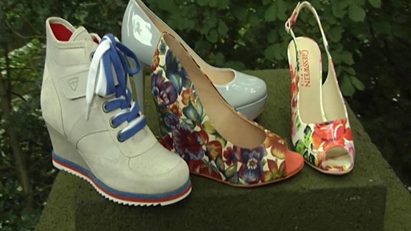 Start-Up reinigt dreckige Schuhe (Foto: SAT.1 NRW)