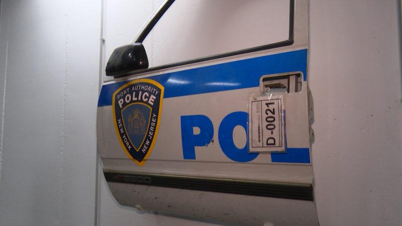 Autotür eines US-Polizeiwagens, der bei 9/11 im Einsatz war! (Foto: SAT.1 NRW)