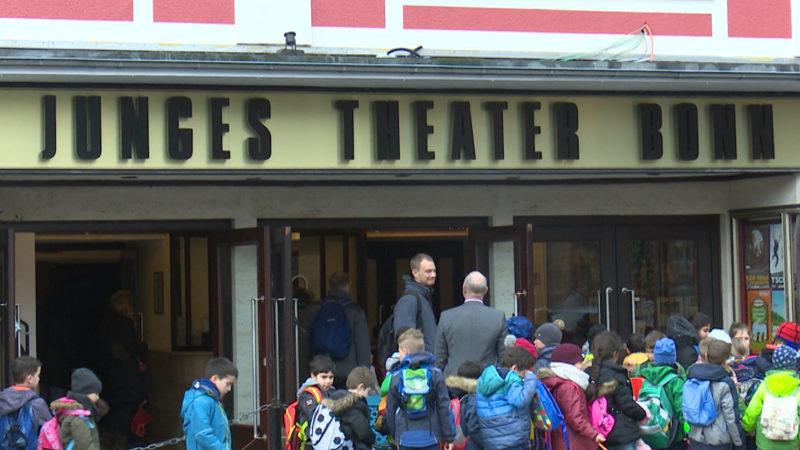 Theater bangt um Existenz (Foto: SAT.1 NRW)