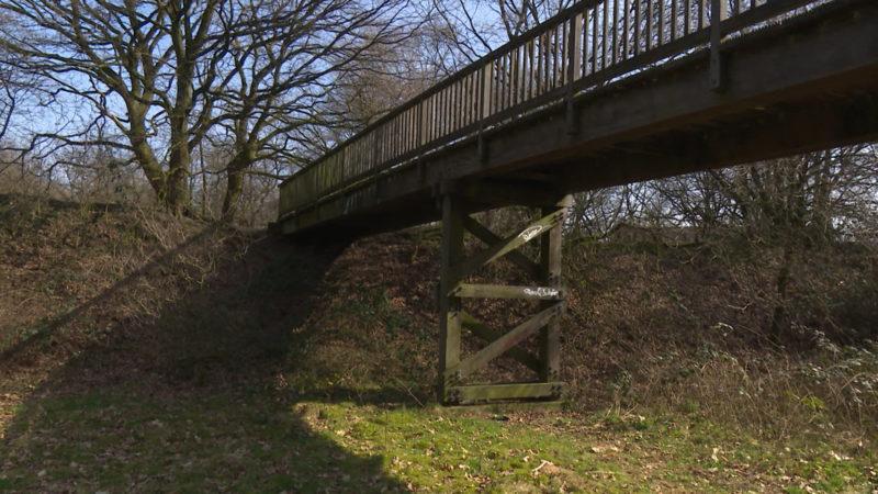 Geld fließt in marode Brücke (Foto: SAT.1 NRW)