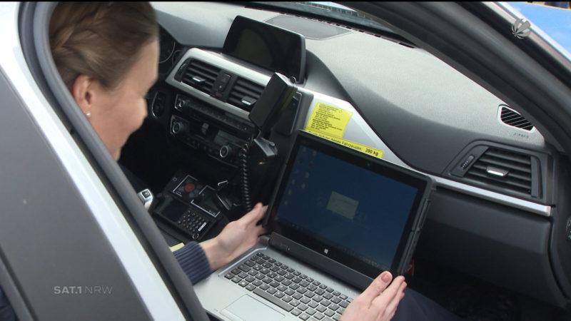 Tablets für die Polizei (Foto: SAT.1 NRW)