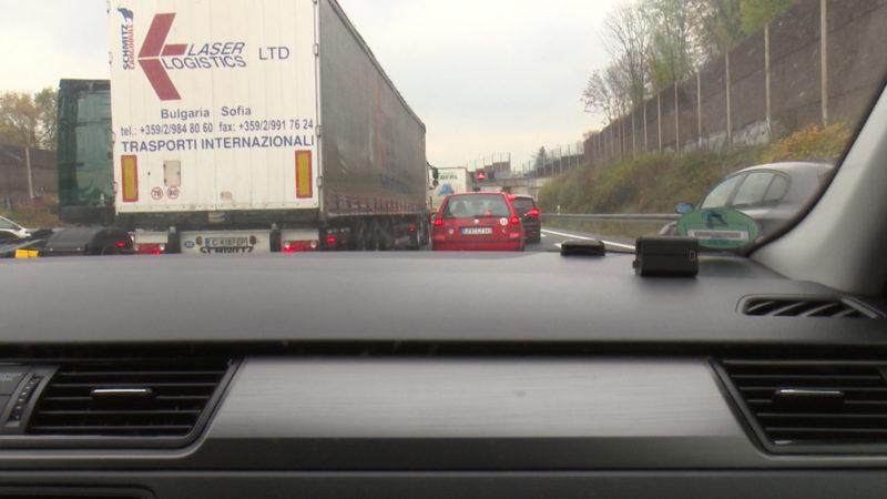 Stau auf NRWs Autobahnen (Foto: SAT.1 NRW)