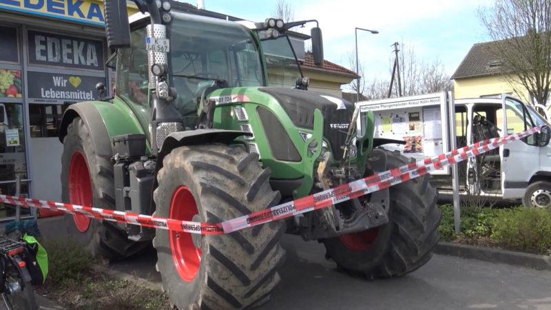 Gangster wollen mit Traktor Geldautomat rauben im Supermarkt (Foto: SAT.1 NRW)