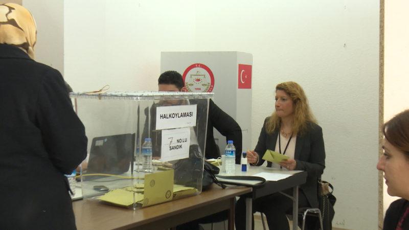 Wahl in der Türkei startet (Foto: SAT.1 NRW)