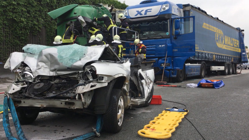 Ursache für schweren Unfall auf der A2 (Foto: SAT.1 NRW)