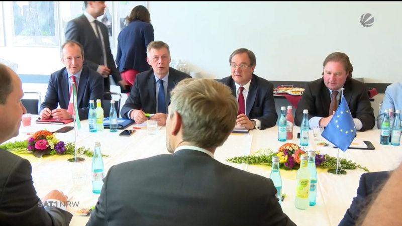 Schalte zu Koalitionsverhandlungen (Foto: SAT.1 NRW)