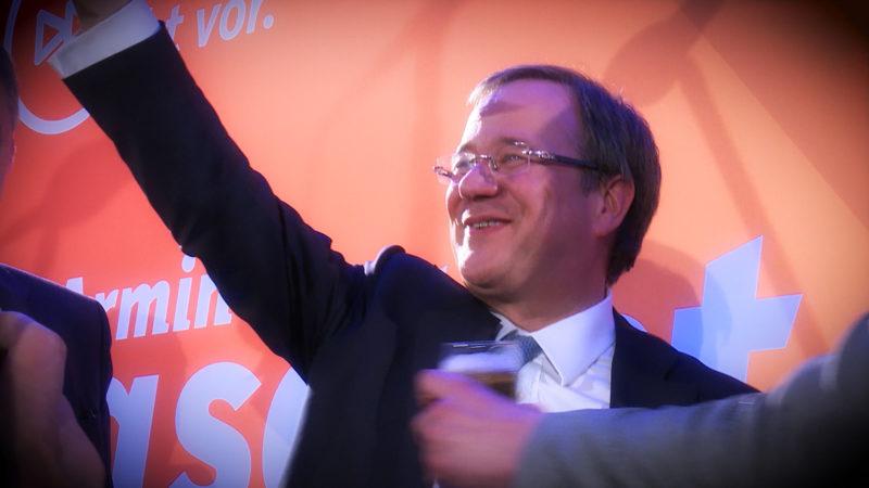 Start des neuen Ministerpräsidenten (Foto: SAT.1 NRW)