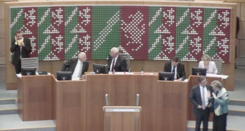 NRW Landtag startet (Foto: SAT.1 NRW)