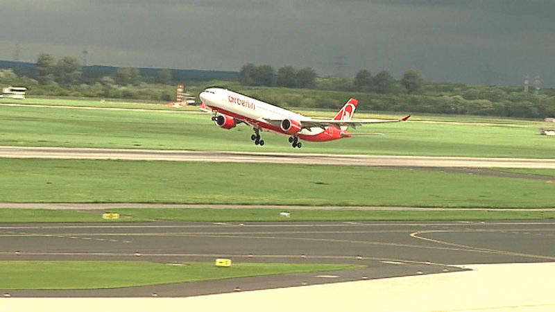 Probleme mit Ihrem Flug? (Foto: SAT.1 NRW)