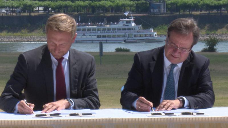 Hier geht's zum kompletten Koalitionsvertrag (Foto: SAT.1 NRW)