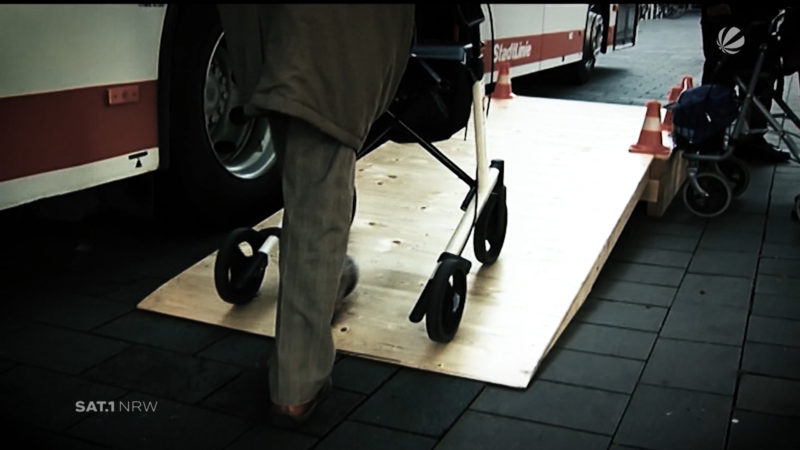 Sicherheit bei Pflegebedürftigkeit (Foto: SAT.1 NRW)
