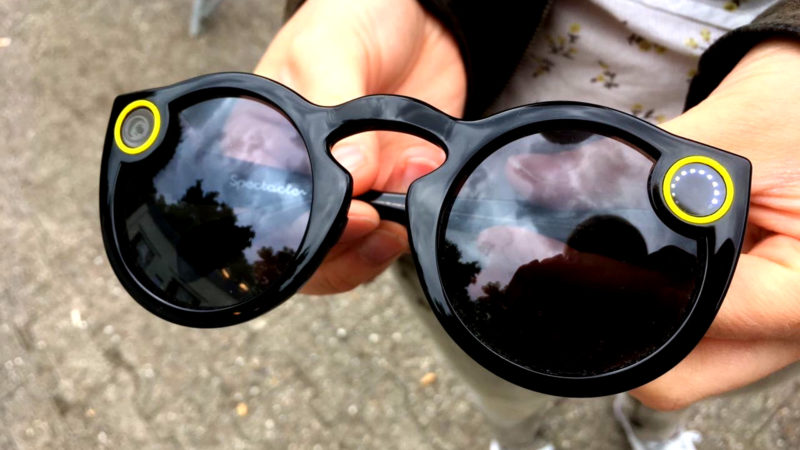 "Snapchat-Brille ""Spectacles"" (Foto: SAT.1 NRW)"