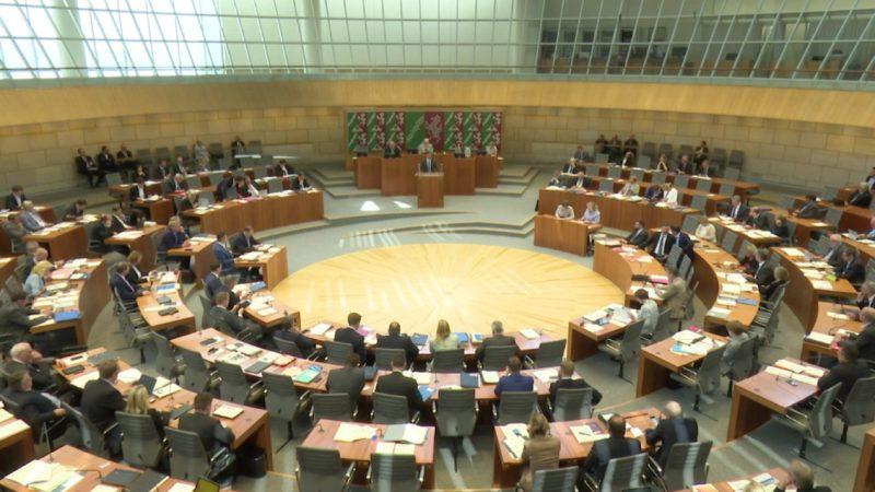 NRW-Landtag befasst sich mit G20-Krawallen (Foto: SAT.1 NRW)