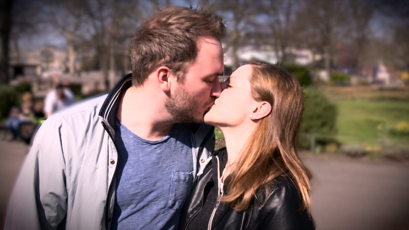 Was sagt Ihr Kuss über Sie aus? - Hier! (Foto: SAT.1 NRW)
