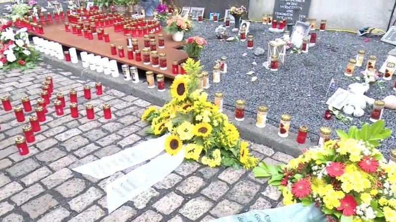 Gedenken an Loveparade-Katastrophe (Foto: SAT.1 NRW)