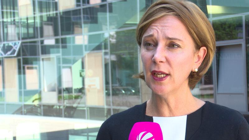 Erlass der neuen Schulministerin (Foto: SAT.1 NRW)
