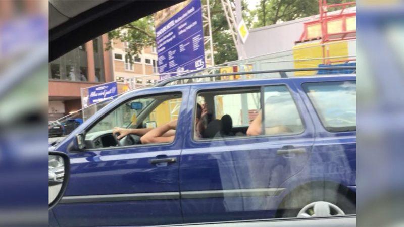 Nach Belästigung: Frau verpasst Männern Retourkutsche (Foto: SAT.1 NRW)