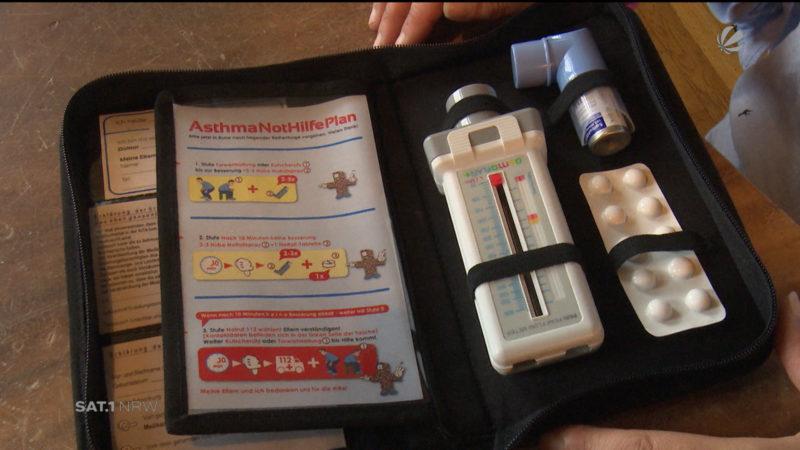 Mutter entwickelt Asthma-Erste-Hilfe-Set (Foto: SAT.1 NRW)