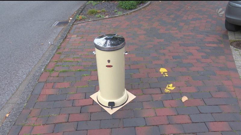 Mülleimer wird zum Kunstwerk (Foto: SAT.1 NRW)