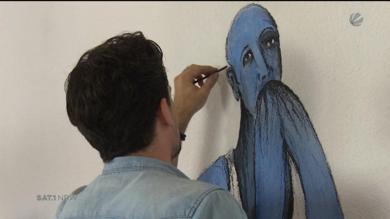 Syrischer Künstler malt einzigartige Bilder (Foto: SAT.1 NRW)