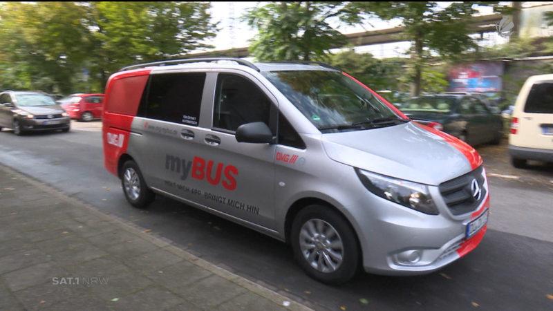 Bus per App bestellen (Foto: SAT.1 NRW)