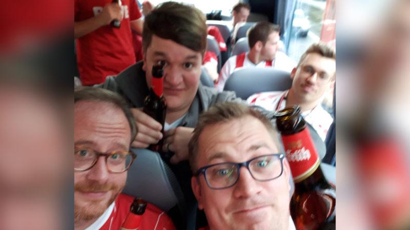 FC Köln Fans feiern (Foto: SAT.1 NRW)