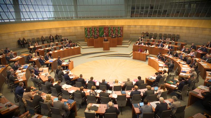 Debatte über Regierungserklärung (Foto: SAT.1 NRW)