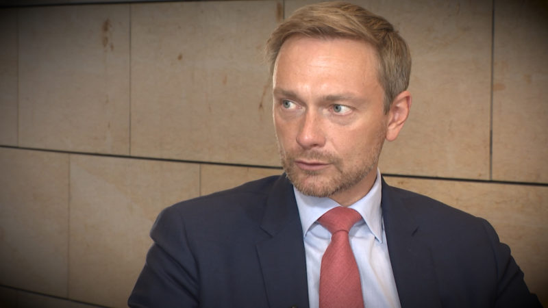 FDP-Chef Christian Lindner im Interview (Foto: SAT.1 NRW)
