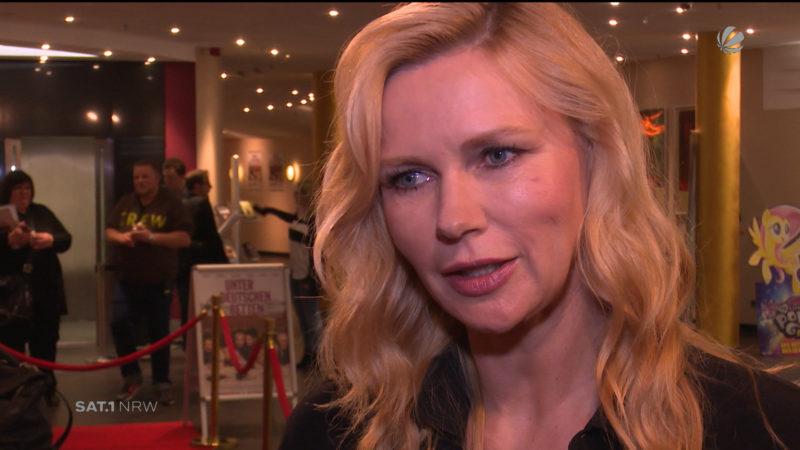 """""""Unter deutschen Betten"""": Veronica Ferres präsentiert neue Komödie (Foto: SAT.1 NRW)"""
