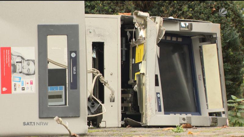 Geldautomat aus Wand gerissen (Foto: SAT.1 NRW)