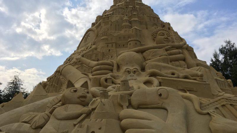Größte Sandburg der Welt (Foto: SAT.1 NRW)
