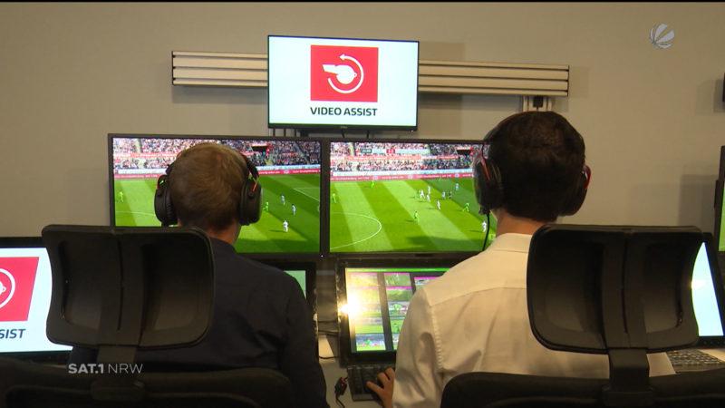 Videobeweis-Ärger im Fußball (Foto: SAT.1 NRW)