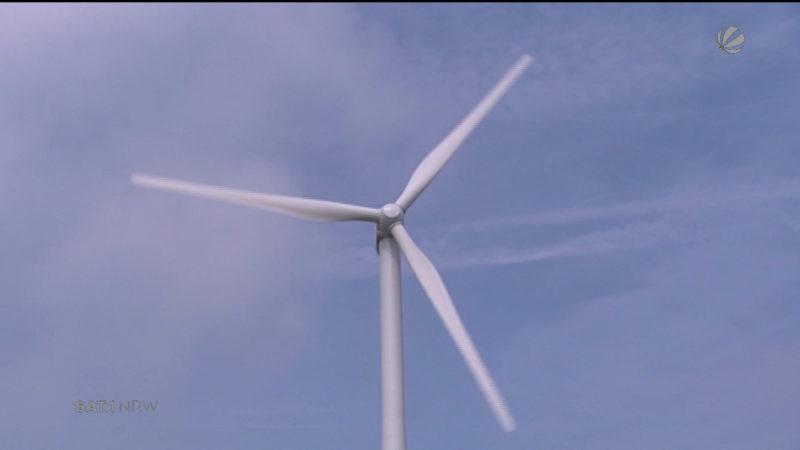 Stürmische Zeiten für Windkraftanlagen (Foto: SAT.1 NRW)