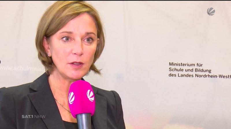 Schulministerin Yvonne Gebauer gibt Antworten (Foto: SAT.1 NRW)