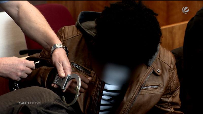 Flüchtling wegen zweifacher Vergewaltigung vor Gericht (Foto: SAT.1 NRW)