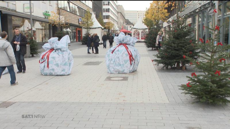 Terrorsperren in Geschenkpapier (Foto: SAT.1 NRW)