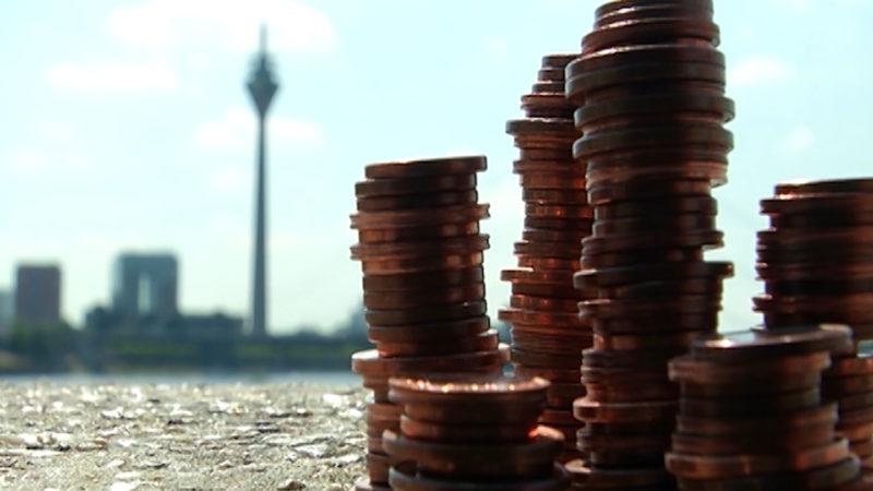 Einfach Geld sparen (Foto: SAT.1 NRW)