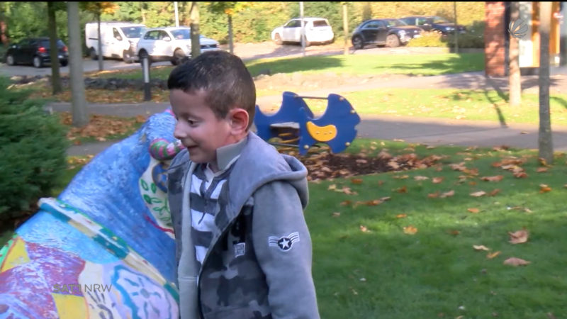 Junge durch aussergewöhnliche Therapie geheilt (Foto: SAT.1 NRW)